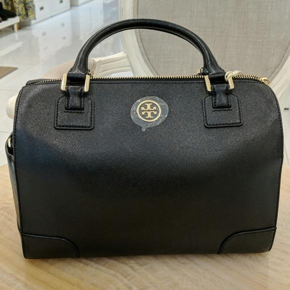 2b0c5f8c675 Tory Burch Boston Black Bag